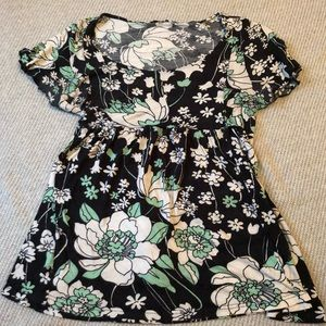 H&M Tops - Mint and Black Floral Shirt